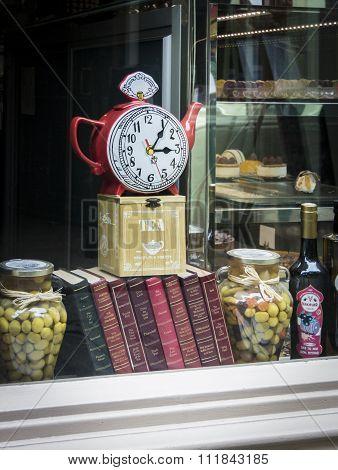 Teapot Clock in Shop Window
