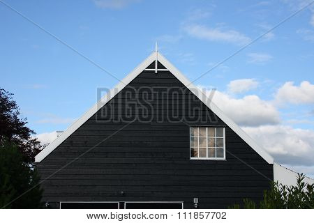 Black Gable