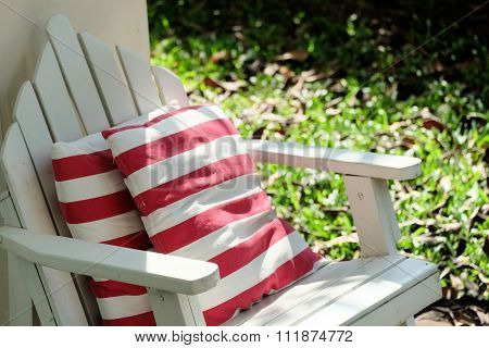 Relax White Garden Chair With Red-white Stripe Pillow