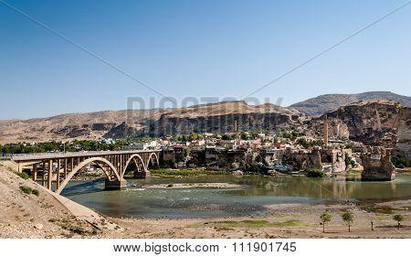Hasankeyf Bridge