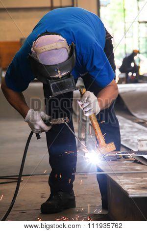 Stand-hammer Sparking