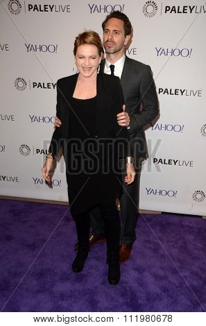 LOS ANGELES - DEC 14:  Dianne Wiest, Thomas Sadoski at the An Evening with