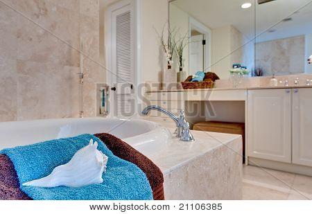 Casa de banho tropical