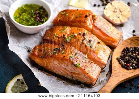 poster of Delicious Fried Salmon Fillet