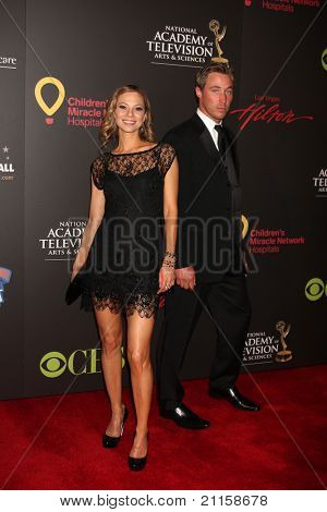 LAS VEGAS - JUN 19:  Tamara Braun arriving at the  38th Daytime Emmy Awards at Hilton Hotel & Casino on June 19, 2010 in Las Vegas, NV.