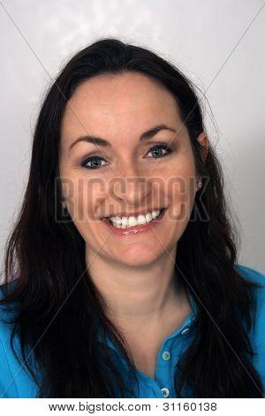 Beautiful, Friendly Brunette, Headshot (1)