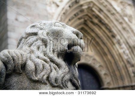 Avila Lion