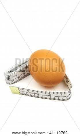 egg and measuring tape