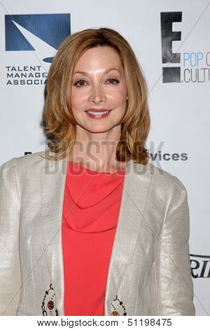 LOS ANGELES - SEP 19:  Sharon Lawrence at the Heller Awards 2013 at Beverly Hilton Hotel on September 19, 2013 in Beverly Hills, CA