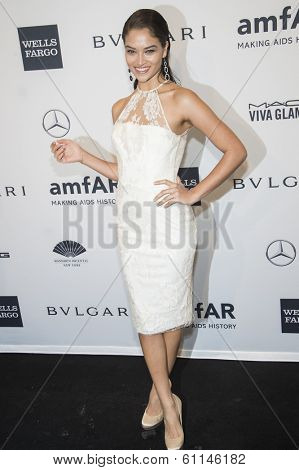 NEW YORK-FEB 5: Model Shanina Shaik attends the 2014 amfAR New York Gala at Cipriani Wall Street on February 5, 2014 in New York City.