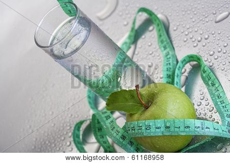apple andwater