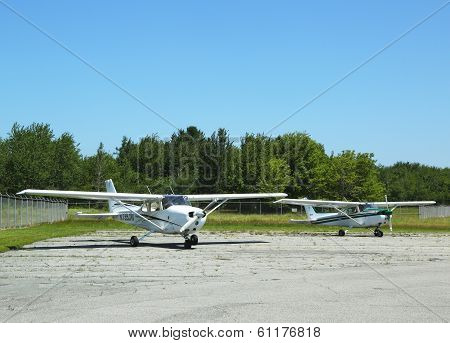 Cessna 172 planes in Hancock County Bar Harbor airport in Maine