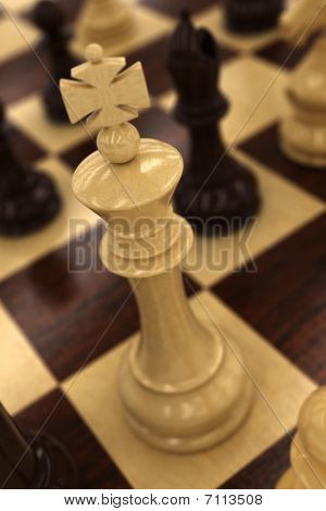 White Chess King