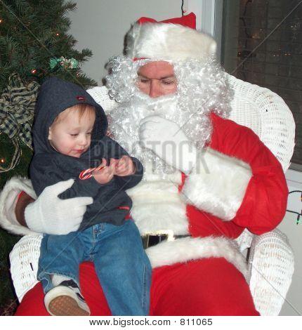 menino tímido, com Papai Noel