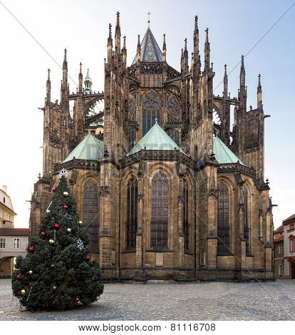 Prague, Czech Republik - January 04, 2014: St. Vitus Cathedral With Christmas Tree