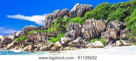 Seychelles  - panorama with impressive granite rocks in La Digue