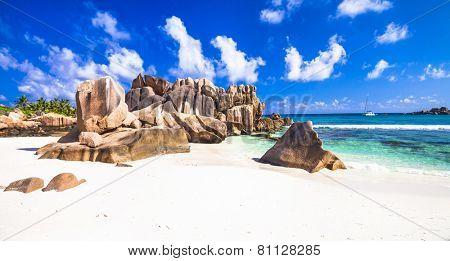 Anse Cocos, La digue island, Seyshelles