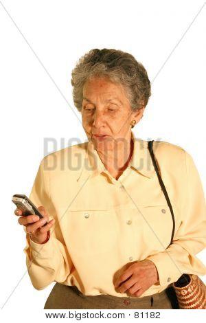 Mulher idosas Texting