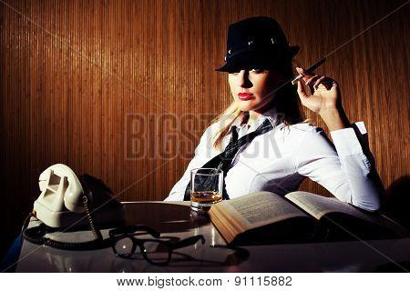 Retro businesswoman
