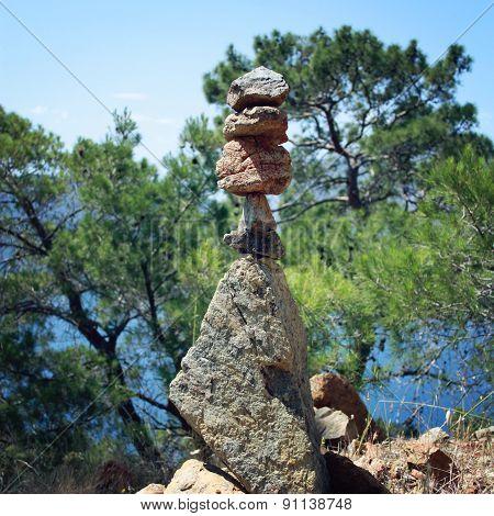 Trail Sign. Man Made Stone Pyramid. Walking The Lycian Way, Turkey.