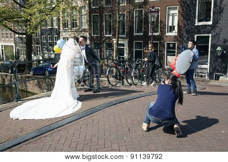 Chinese Couple Just Married In Amsterdam