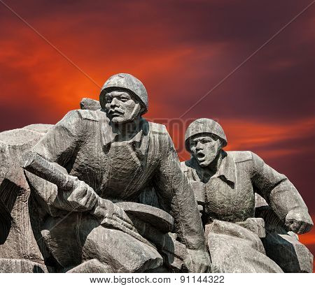 Ww2 Memorial In Kiev