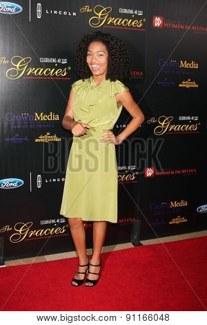 LOS ANGELES - MAY 19:  Yara Shahidi at the 40th Anniversary Gracies Awards at the Beverly Hilton Hotel on May 19, 2015 in Beverly Hills, CA
