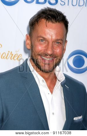 LOS ANGELES - MAY 18:  Craig Parker at the CBS Summer Soiree 2015 at the London Hotel on May 18, 2015 in West Hollywood, CA