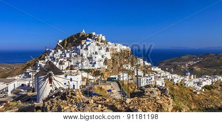 Creek scenery - authentic Serifos island, Cyclades
