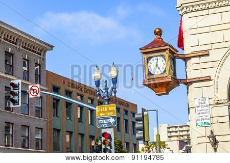 Facade With Old Clock In The Gaslamp Quarter In San Diego