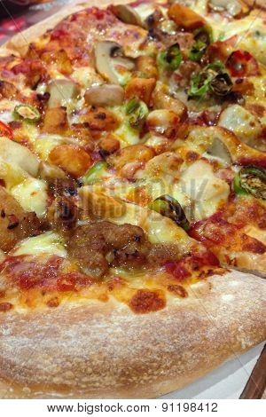 Healthy Vegetables And Mushrooms Vegetarian Pizza .