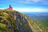 pic of relay  - Relay station stands over a precipice at Snow Cirques  - JPG