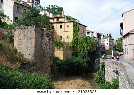 Carrera del Darro and River Darro, Granada.