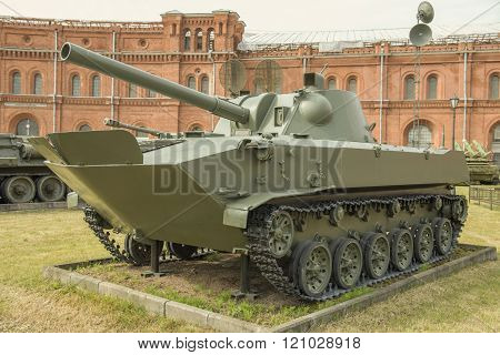 120-mm Self-propelled Gun 2S9
