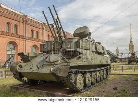 Quad 23-mm Self-propelled Anti-aircraft Gun Zsu-23-4
