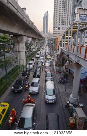 Sukhumvit Road Traffic, Bangkok, Thainland