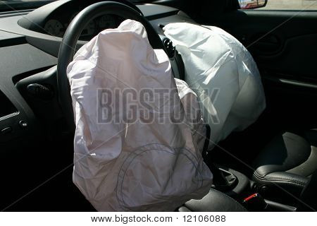 Airbags bei einem hit and run bereitgestellt