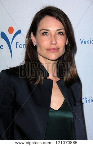 LOS ANGELES - MAR 7:  Claire Forlani at the Silver Circle Gala 2016 at the Beverly Hilton Hotel on March 7, 2016 in Beverly Hills, CA