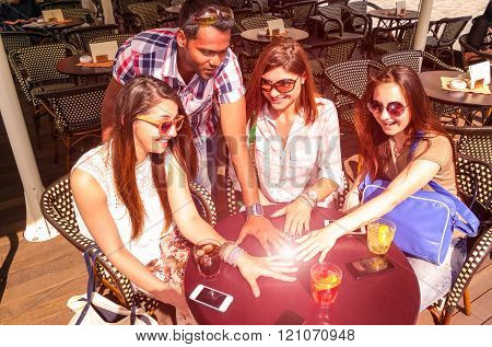 Multiracial Group Of Friends Hands Circle On Table With Phones And Drinks - Sun Glow Ball On Hands