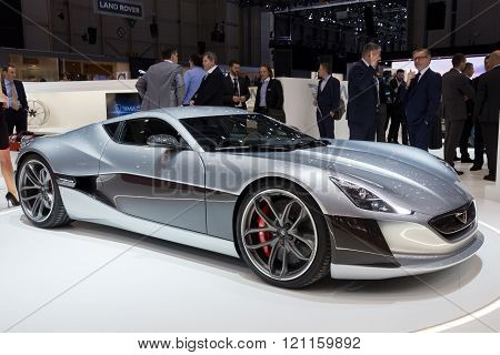 1073Hp Rimac Concept One Electric Supercar