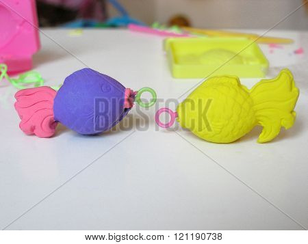 clay fish for children's toy fishing