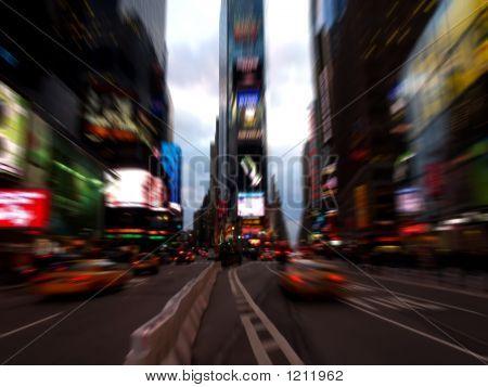 Times Square por la noche en la ciudad de Nueva York