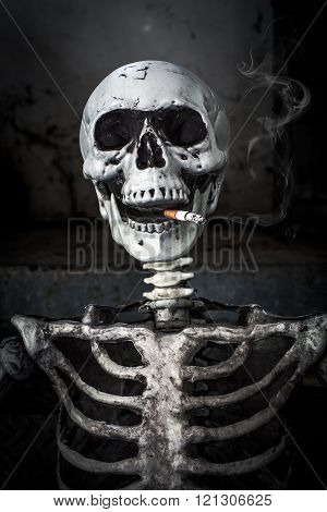 Still life Smoking human skeleton with cigarette people smoke cigarette look like trying to commit suicide In the day
