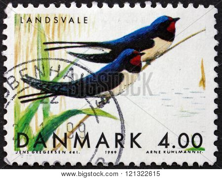 Postage Stamp Denmark 1999 Swallows, Migratory Birds