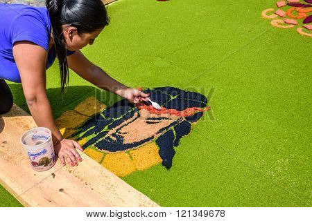 Making Christ's Face Of Dyed Sawdust On Lent Carpet, Antigua, Guatemala