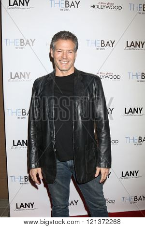 LOS ANGELES - MAR 10:  Kevin Spirtas at the 5th Annual LANY Entertainment Mixer at the Saint Felix on March 10, 2016 in Los Angeles, CA