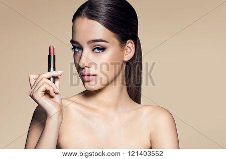 Beautiful Brazilian woman beige colored pomade