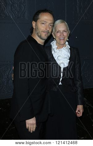 LOS ANGELES - MAR 1: Emmanuel Lubezki, Alexandra Wallace attends the Premiere of Broad Green Pictures' 'Knight of Cups'  at The Theatre at Ace Hotel  on March 1, 2016 in Los Angeles, California