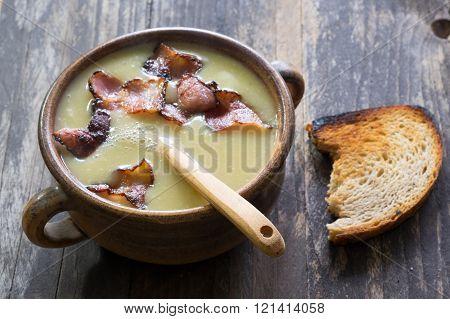 Cream soup of peas