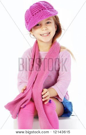 Moda pequena garota studio série sobre branco